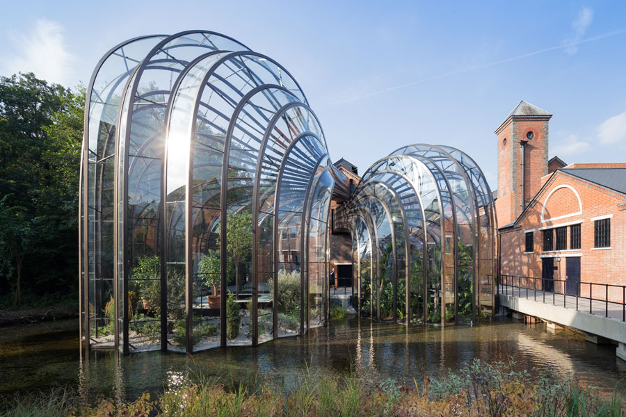 Tom Heatherwick's Glasshouses at the Bombay Sapphire gin distillery